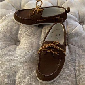 Gap boys size 13 boat shoes dockers